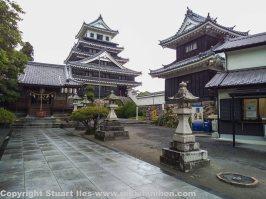Main tower and yagura